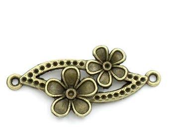 bronze metal, double flower connector