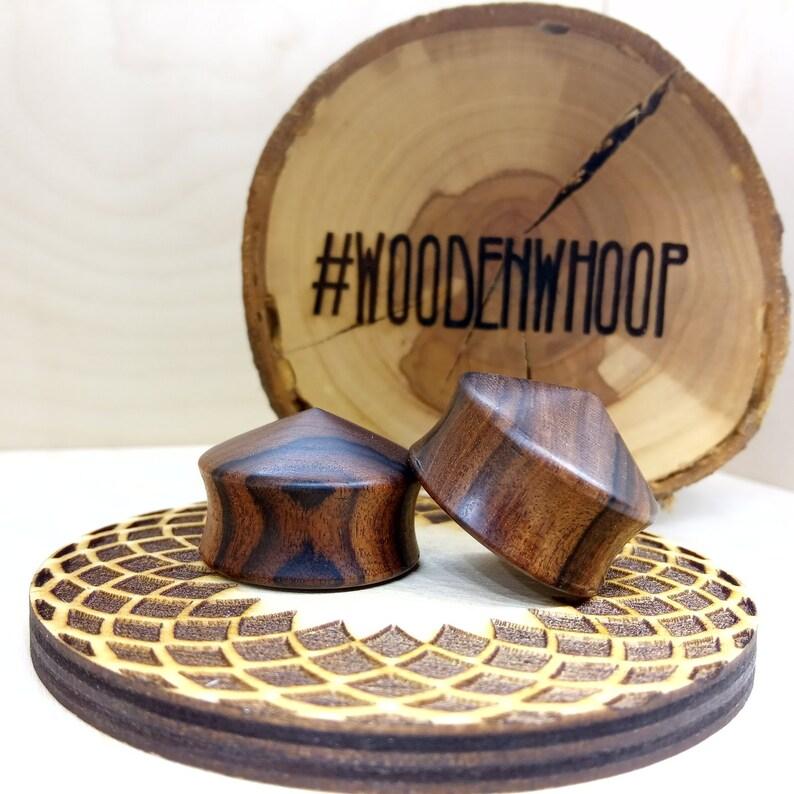 Palisander wood Ear plugs made of Rosewood Wooden Gauges Jewelry. Ear Gauge Plug Earrings Geometric Cone Convex Ear Gauges and Plugs