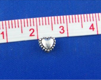 PM58 - Set of 20 hearts 5x6x4mm silver metal beads