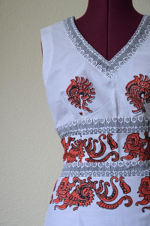 Vintage 60s 70s maxi dress // white red geometric… - image 9