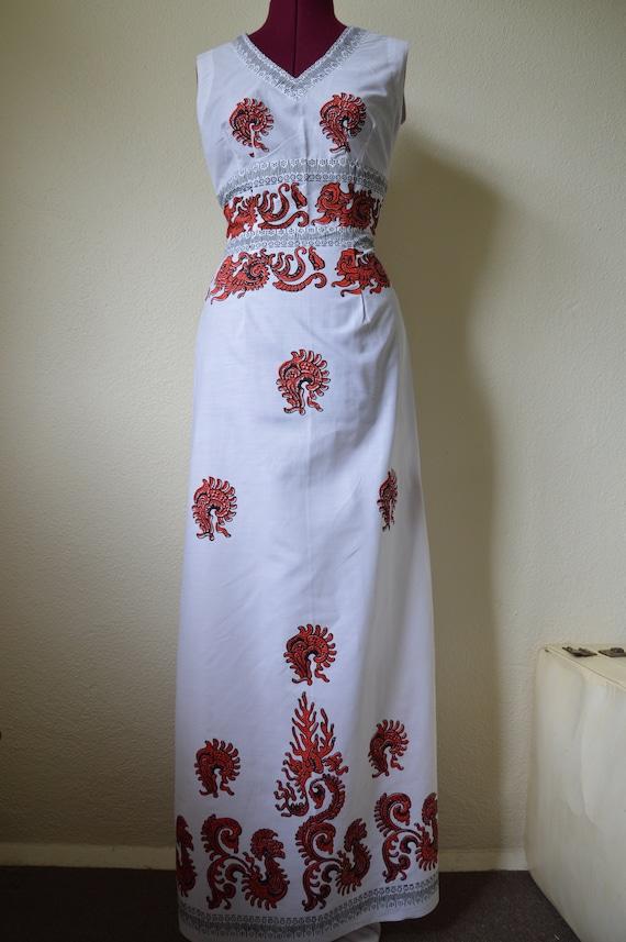 Vintage 60s 70s maxi dress // white red geometric… - image 10