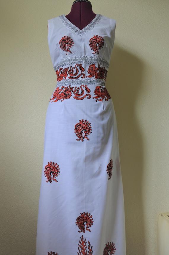 Vintage 60s 70s maxi dress // white red geometric… - image 4