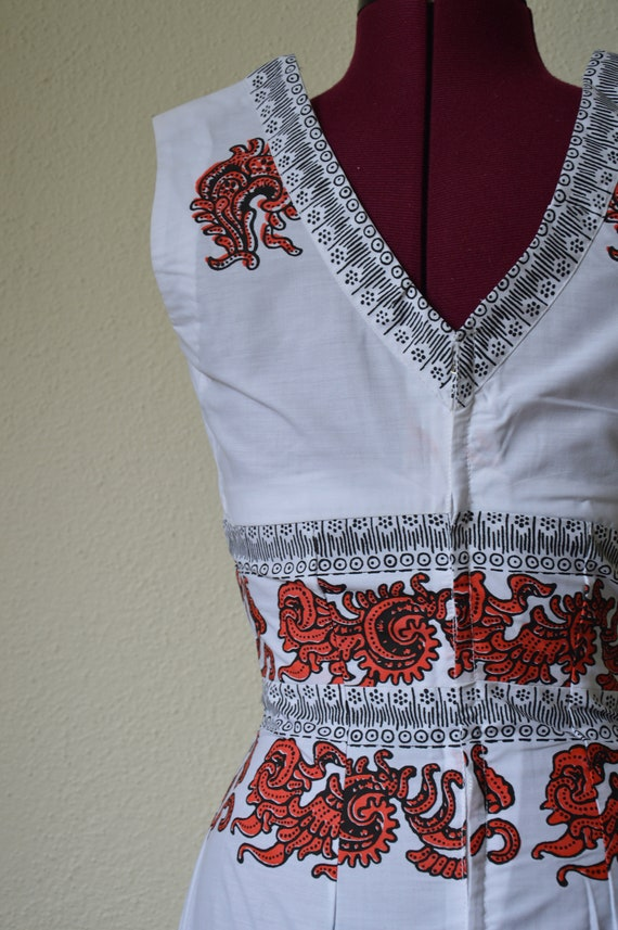 Vintage 60s 70s maxi dress // white red geometric… - image 5