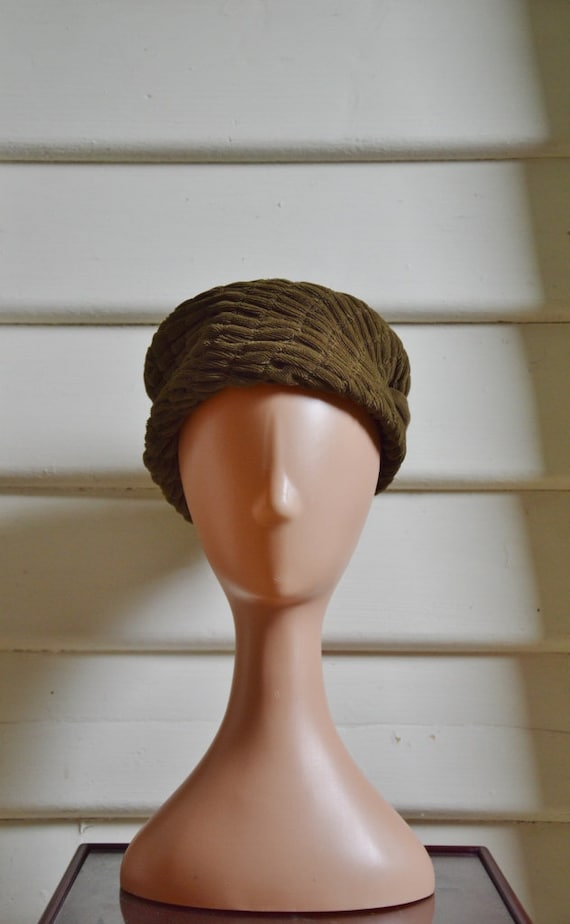 1960's vintage olive green pill box hat day hat