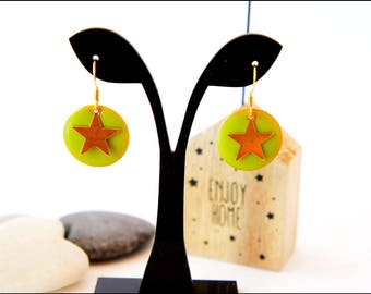 Earrings golden green sequins and gold stars