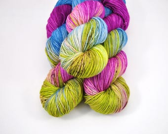 Atomic Sunset | Sock | superwash | merino nylon sock | green | pink | purple |