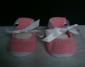 Cotton Baby Slippers shoes size 6 months in pink and white