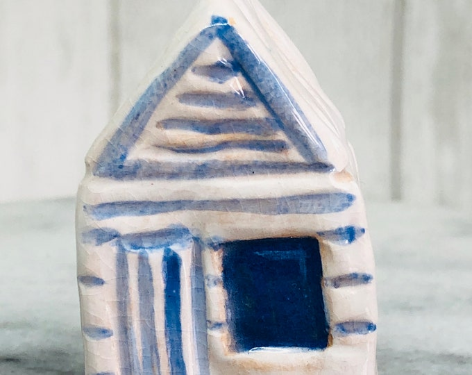 Beach hut Decoration Gift for him, Her, Gifts for Men, Birthday, Anniversary, Friends Gift, Seaside Ornament, Mothers Day, Easter.