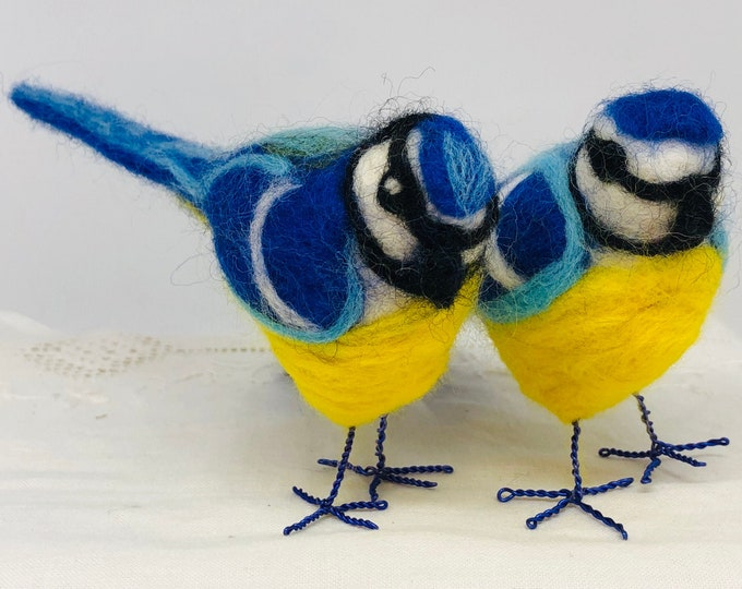 Needle felted birds, Pair of Love Birds, Bluetits, Home Decor, Gift her, Him, Wife, Girlfriend, Anniversary, Birthday, Mothers Day, Easter.