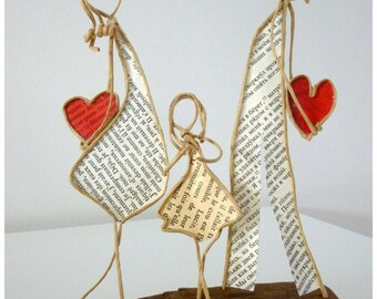 Happiness in family figurines paper twine, decoration gift idea, parents love girl, wielding kraft sculpture Driftwood