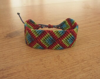 Blue macrame bracelet / green / red with patterns