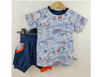 3 years old - pocket shorts and t-shirt in organic cotton jersey, Viking pattern