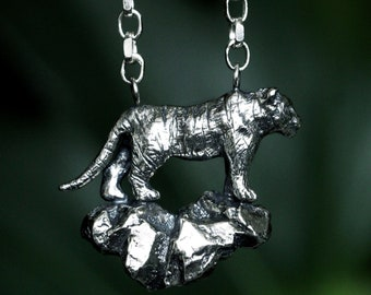Men's / Unisex Save The Tigers Necklace // Tiger Jewellery // Rough Silver Handmade Sculptural Jewellery // Chunky Silver Belcher Chain