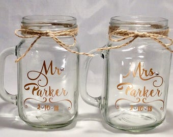 Rustic wedding decor etsy 2 pack mr and mrs personalized wedding mason jars rustic mugs bride and groom junglespirit Image collections
