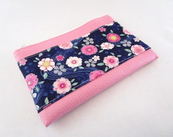 Wallet in faux leather fabric and pink Japanese Navy floral