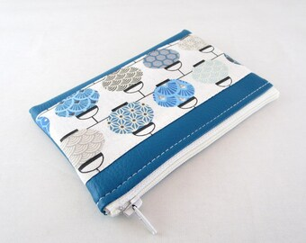 Wallet in faux leather fabric and teal Blue Lantern.