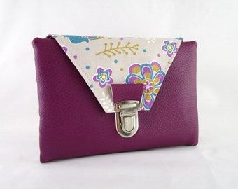 Wallet in imitation plum and floral fabric