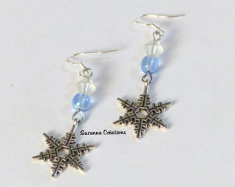 Earrings snowflake and frozen pearls