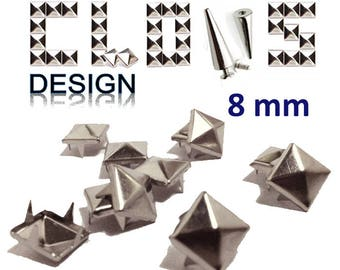 Customisation X 100 (8mm) silver pyramid studs