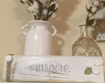 White washed pallet wood Inspire with felt flowers & twine