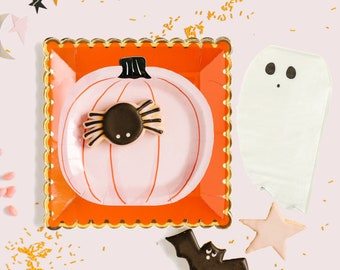 Halloween Party Kit, Plates and Napkins, Halloween Decor, Halloween Tableware, Pink Pumpkin Plates, Ghost Napkins, Pink and Orange Plates