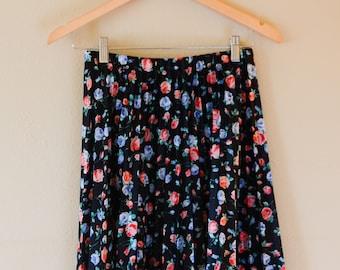 Vintage 50s 60s Black Floral Pleated Midi Skirt, US Women's Size - M/L