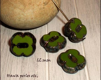 """4 beads Czech Picasso Glass Table cut """"clover"""" 12 mm Olive Green"""