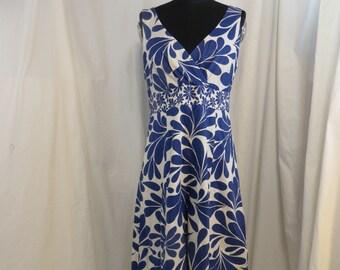 c82195514ca HOLD for N.S. Blue   White Cotton Sundress Vintage 90 s Boden s Dress Short  S 8 M Super Cute Sleeveless