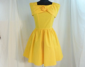 adadc53695d Short Vintage 80 s Feminine Bright Sunflower Yellow Cotton Fit and Flare  Party Dress Joni Blair made in USA 2 3 4 XS Golden Colorful