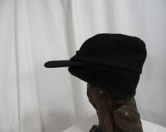 8844a3c7ec57d Canadian Wool Black Cap Insulated Hat Warm Vintage 90 s High Quality Made  in Winnipeg Canada Crown Cap