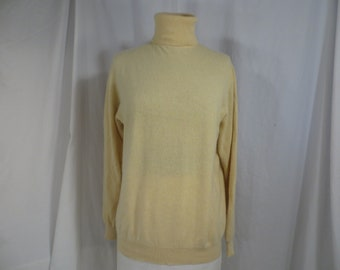 Cashmere Turtleneck Pale Yellow Super Soft Sweater Lands End Long Sleeve  90 s Feminine Quality 2 ply Soft Color Med Lg Women s 5a33e2065