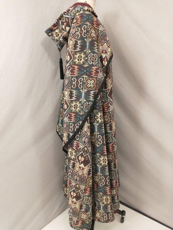 Tapestry Cloak Rich Colors Long Vintage Cape Quee… - image 3