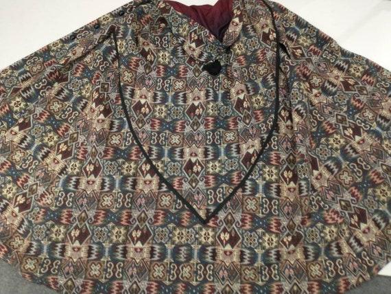 Tapestry Cloak Rich Colors Long Vintage Cape Quee… - image 8