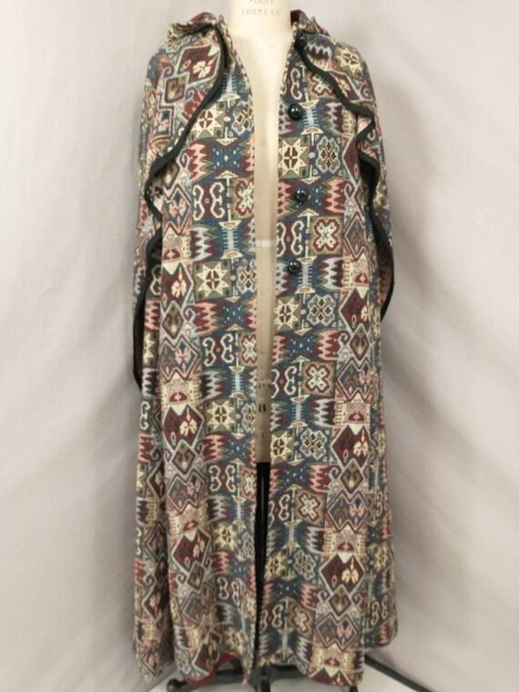 Tapestry Cloak Rich Colors Long Vintage Cape Quee… - image 5