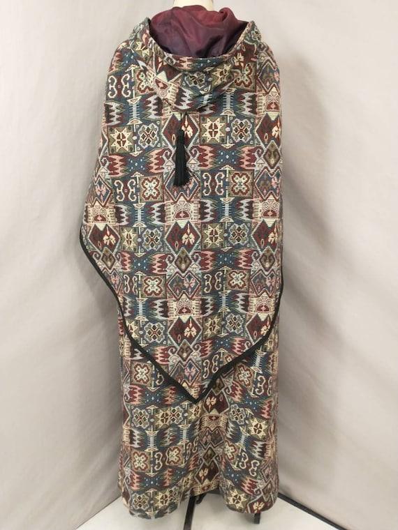 Tapestry Cloak Rich Colors Long Vintage Cape Quee… - image 4