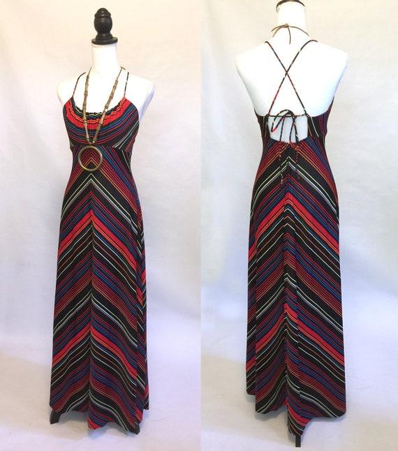 THE CHEVRON Colorful Retro 70s Maxi Dress