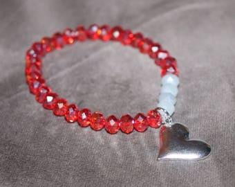 Red and white heart beaded bracelet, Heart Bracelet, Valentines day bracelet, Love bracelet, Red White and Silver Bracelet, Heart Charm