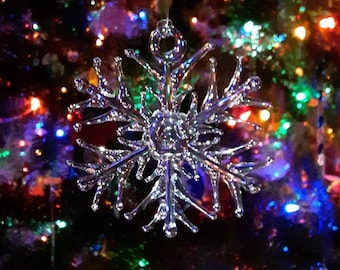 Handmade Clear Glass Snowflake Ornament ~ rounded tri-tip design~