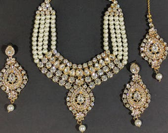 Indian Kundan Necklace, Pearl Necklace Set with Earrings, Maang Tika,Indian Jewelry,Bridal Jewelry,Bollywood,Ethnic,Statement Necklace,Polki