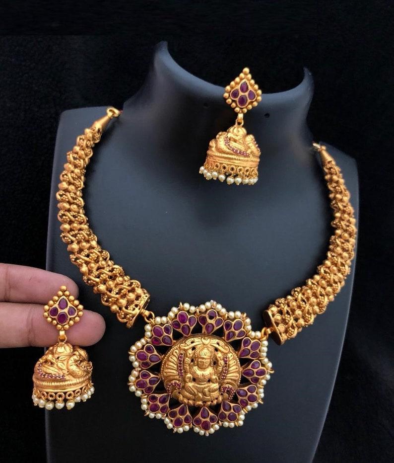 6a9a1a726e453 Lakshmi Devi Necklace, Nagasi Necklace, South Indian Jewelry, Bridal Kemp  Jewelry, Bollywood, Nakshi Necklace, Polki, Temple Jewelry,