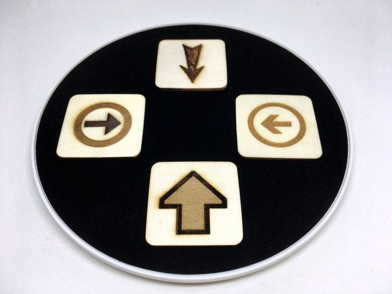 Wooden The arrow optical illusion toy magic trick image 0