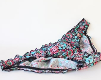 Cotton floral panties blue and black. Low cut brief with organic cotton lining