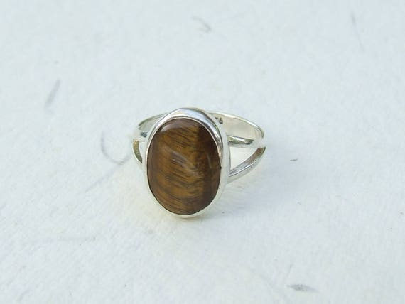 Tiger eye and silver ring  Size 55