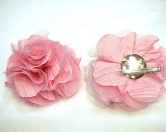 Flower brooch pink dual colored hair clip.
