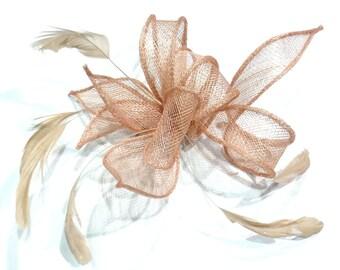 Flower brooch or clip for wedding ceremonies - salmon sisal