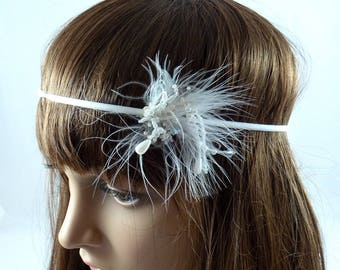 Headband feathers and pearls - white