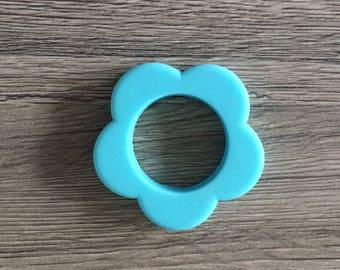 Teething ring in the shape of flower - light blue