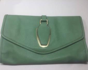 Vintage green leather clutch by Liz Claiborne