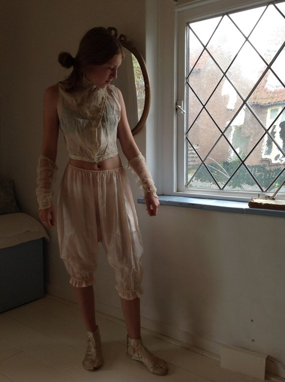 antique tulle lace sleeves,  edwardian