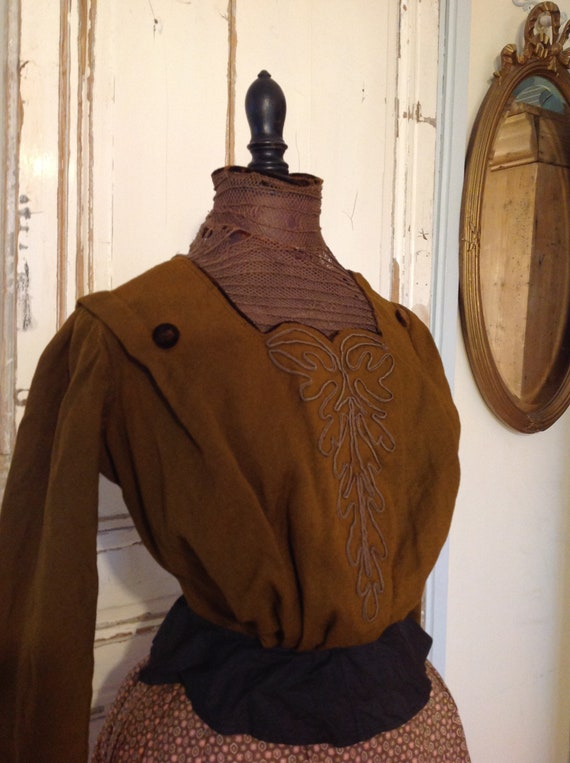 antique bodice , brown wool